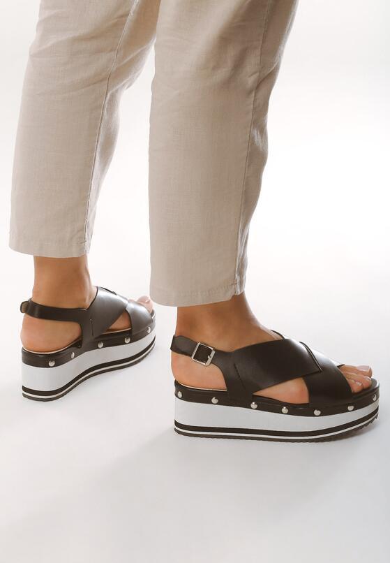 Czarne Sandały Smitten