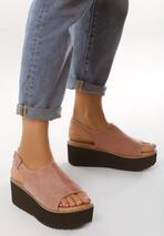 Różowe Sandały Improvisations