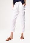 Białe Spodnie Tacky