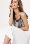 Biała Spódnica Behaviors