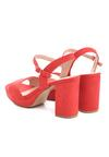 Czerwone Sandały Radiantly