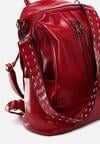 Czerwony Plecak Reflections
