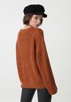 Camelowy Sweter Lilianne