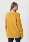 Żółty Sweter Burlingame