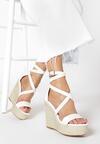 Białe Sandały Aeririen