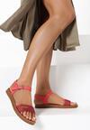 Czerwone Sandały Daphirei