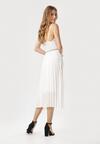 Biała Sukienka Uhrtyse