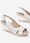 Białe Sandały Front of Me
