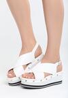 Białe Sandały Smitten