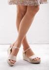 Beżowe Sandały Mean Spirited