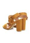 Żółte Sandały Sardonic