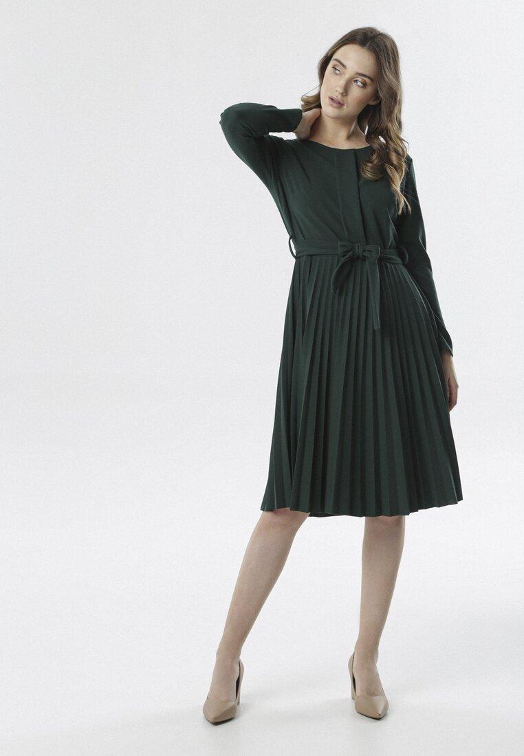 Zielona Sukienka Pleated Belted
