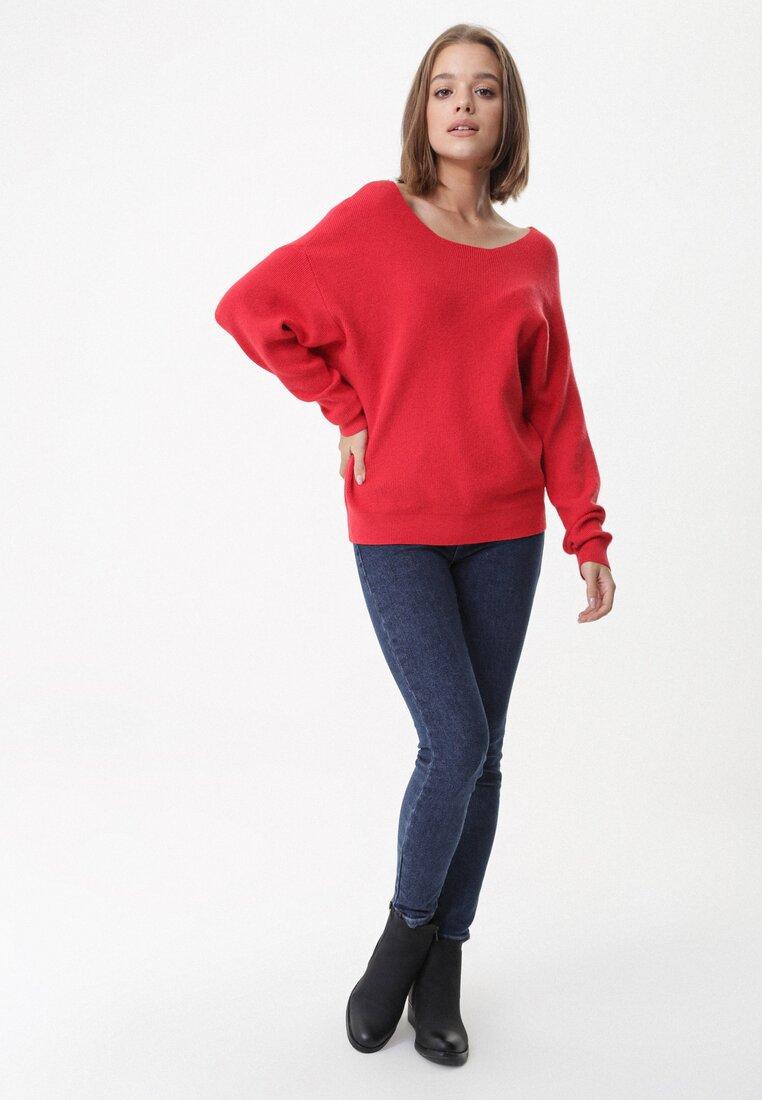 Czerwony Sweter Calverley