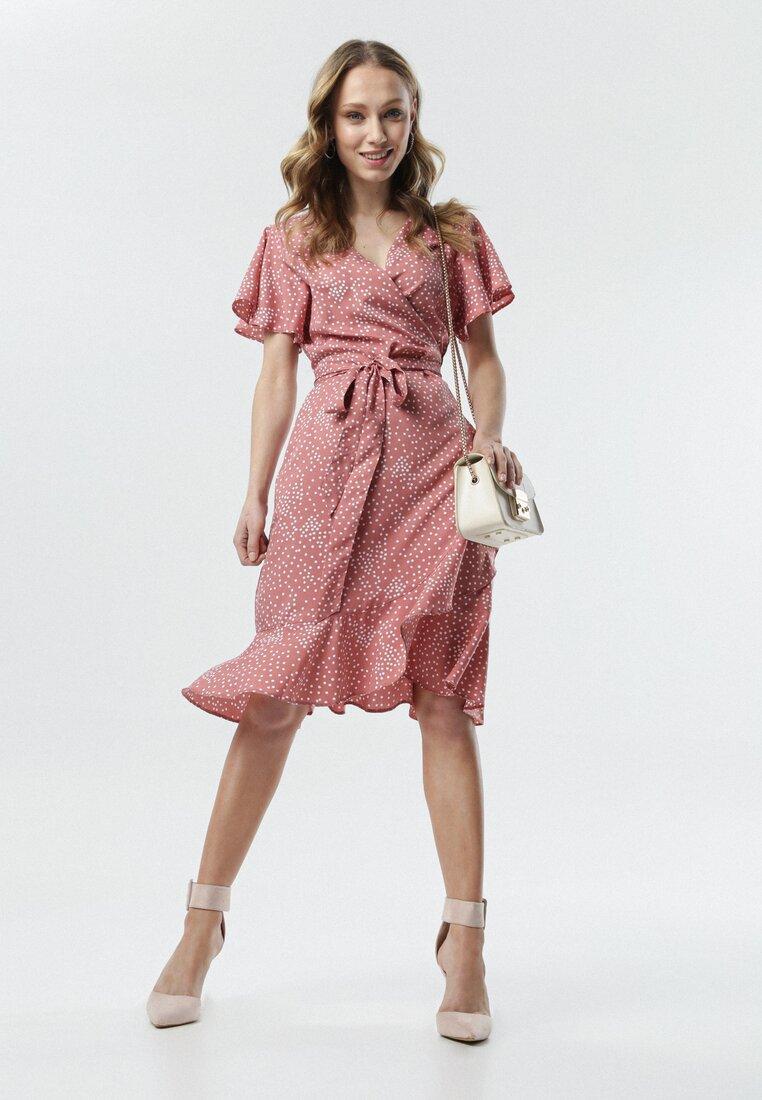 Różowa Sukienka Marcia