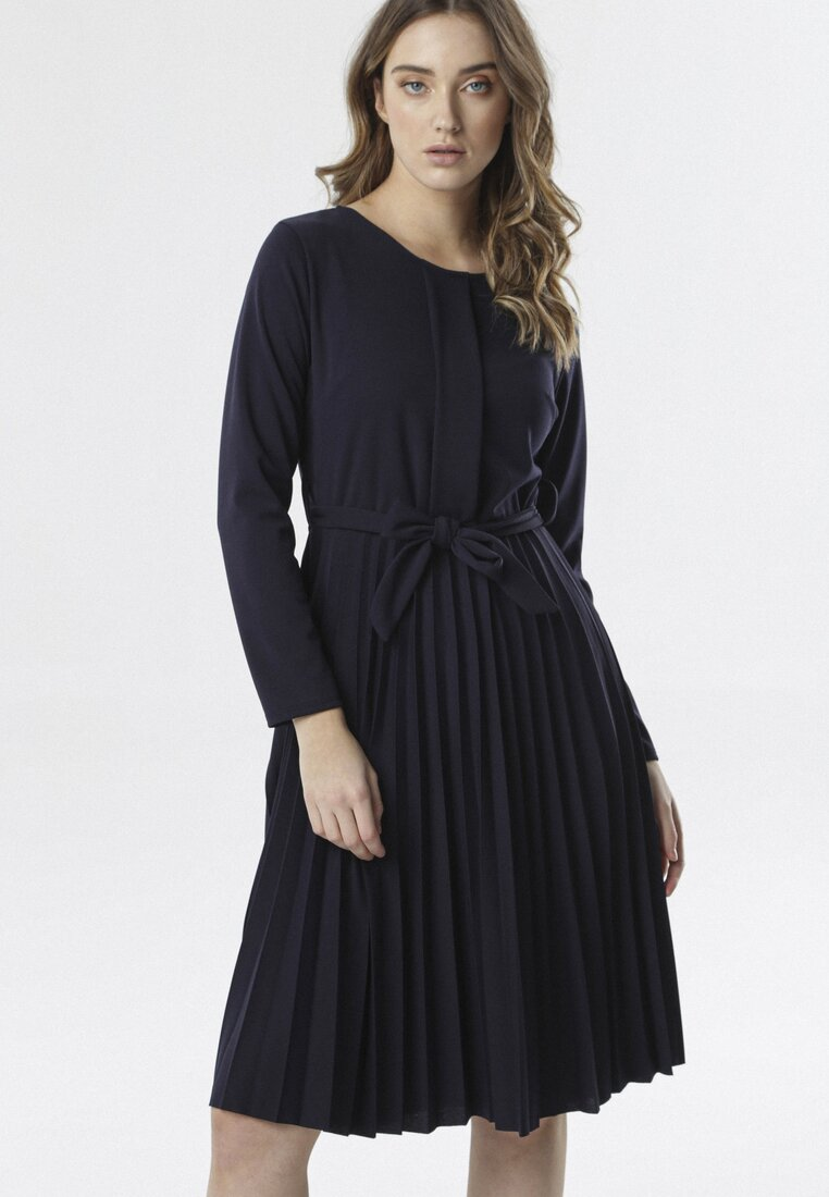 Granatowa Sukienka Pleated Belted