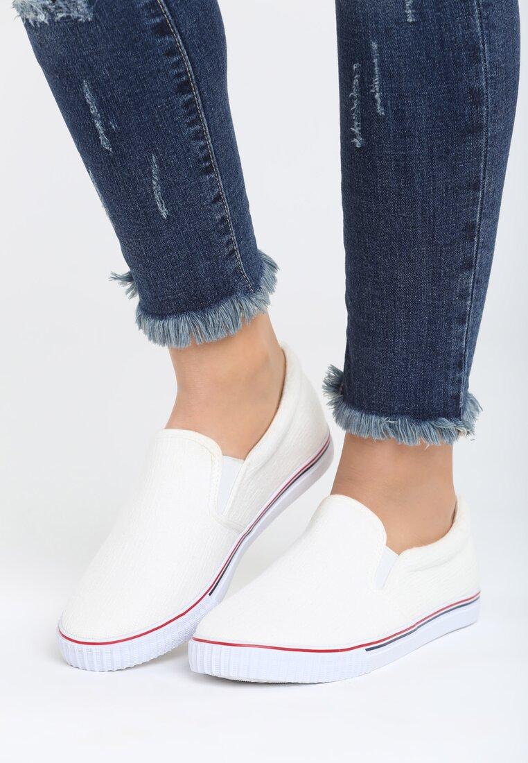 Białe Slip On Lovely Lady