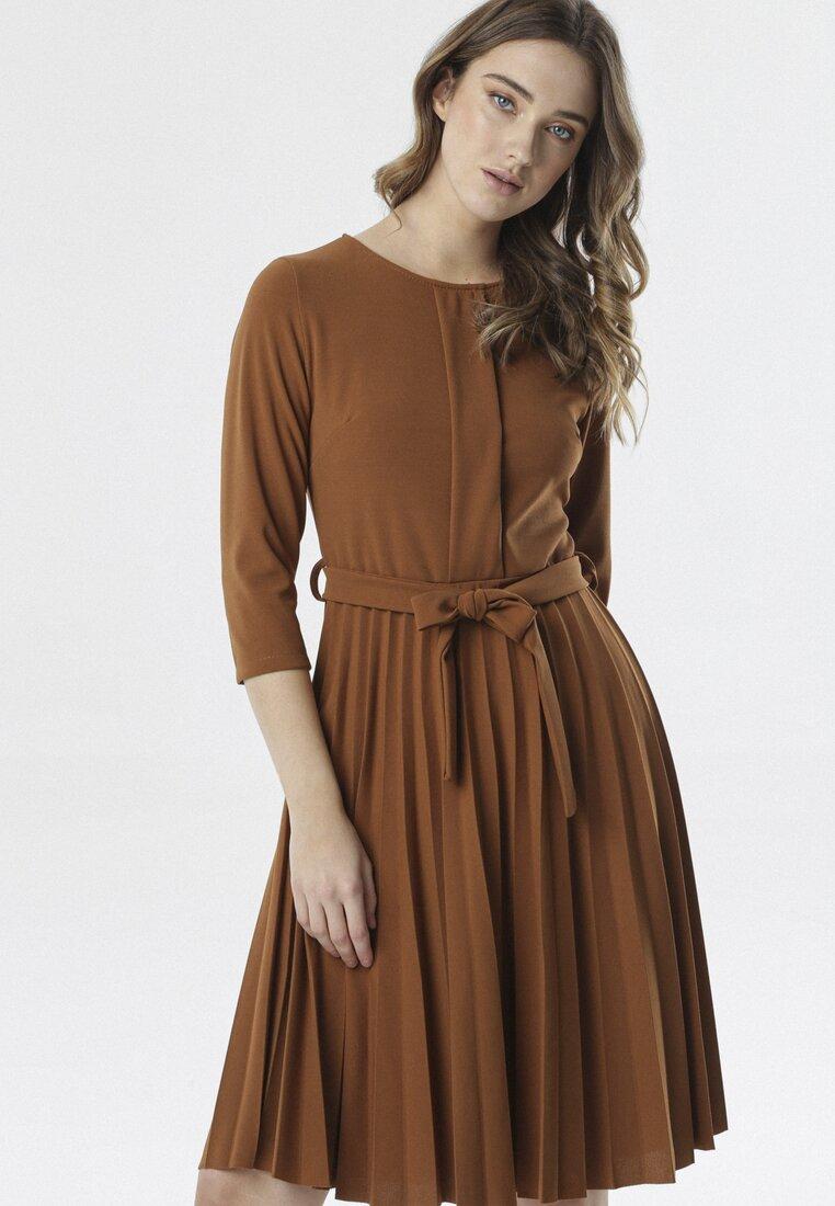 Brązowa Sukienka Pleated Belted
