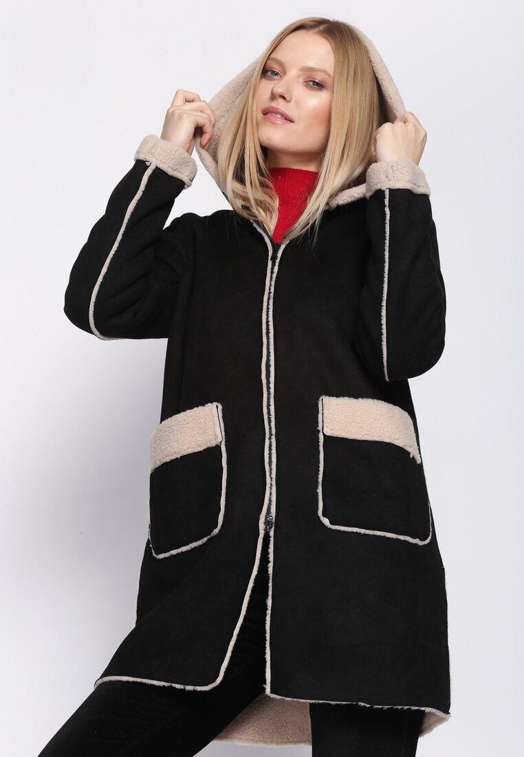 Czarny Płaszcz Support