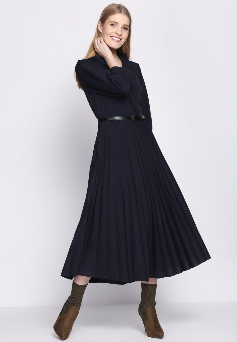 3010d4c46a Modne sukienki 2019 - jakie modele są hitem tego sezonu  ZDJĘCIA ...