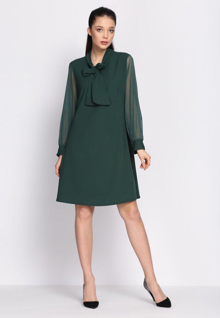 Zielona Sukienka Leaning