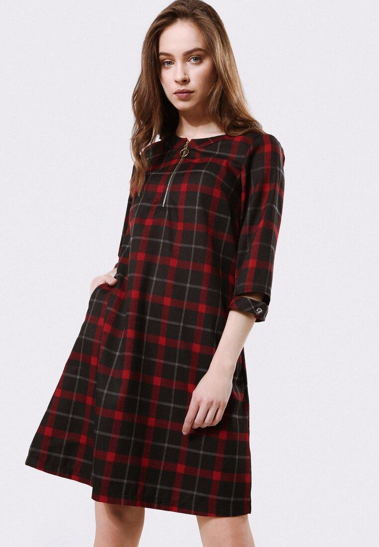 Czarno-Czerwona Sukienka Gravitate