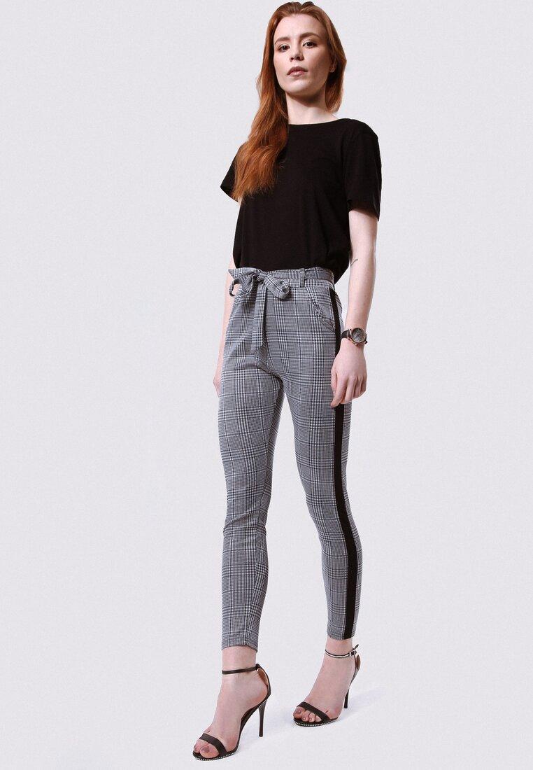 Czarne Spodnie Have A Walk