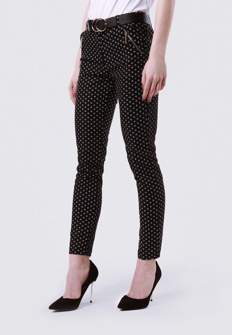 Czarne Spodnie For Illusion