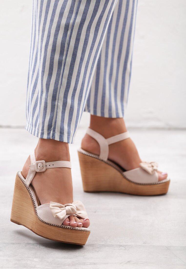 Beżowe Sandały Institutionalise inny