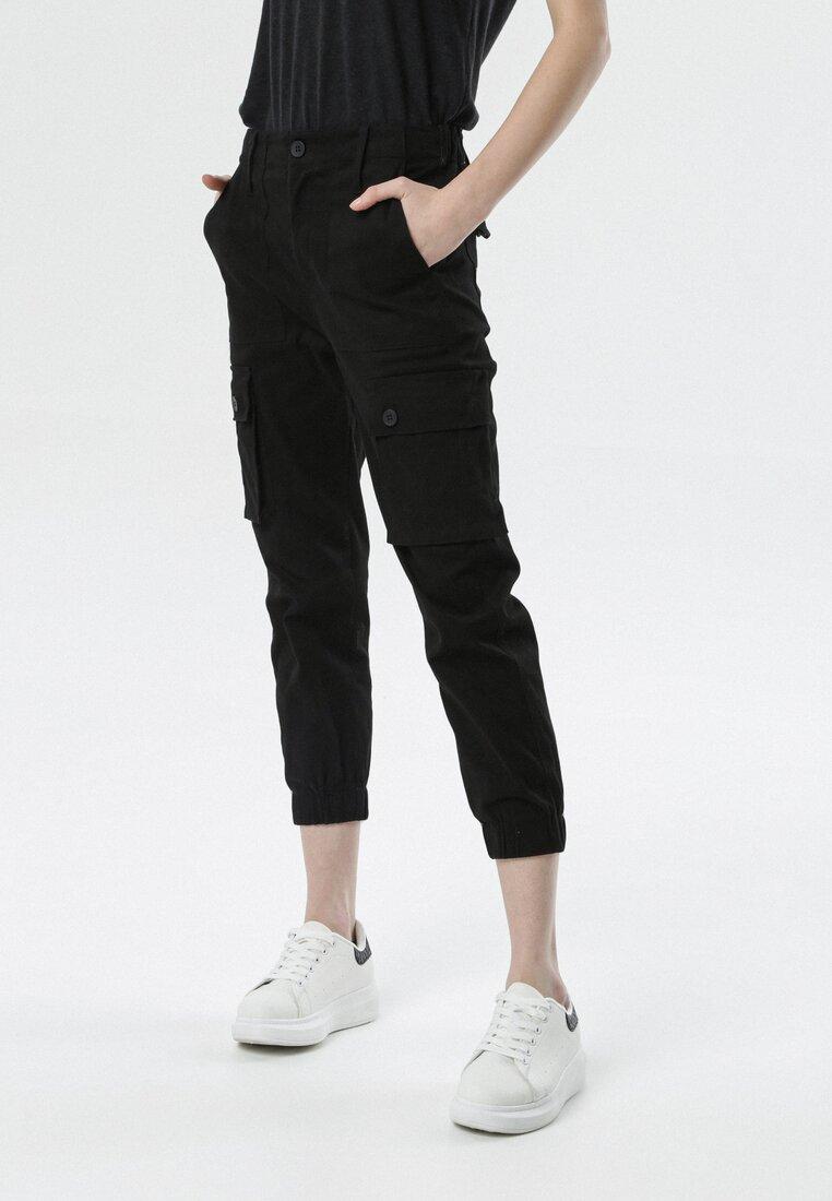 Czarne Spodnie Joggery Physadeia