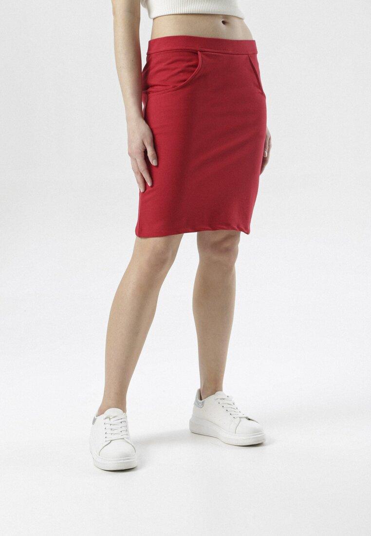 Czerwona Spódnica Aeremala