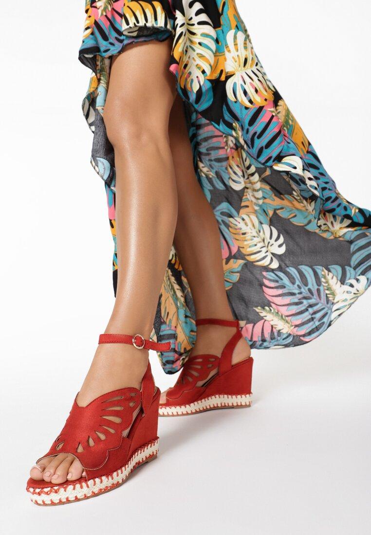 Czerwone Sandały Kallinoire