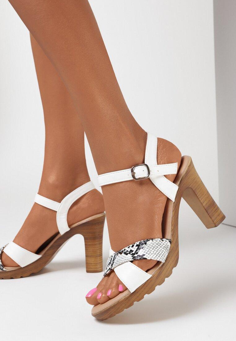 Białe Sandały Asisiphe