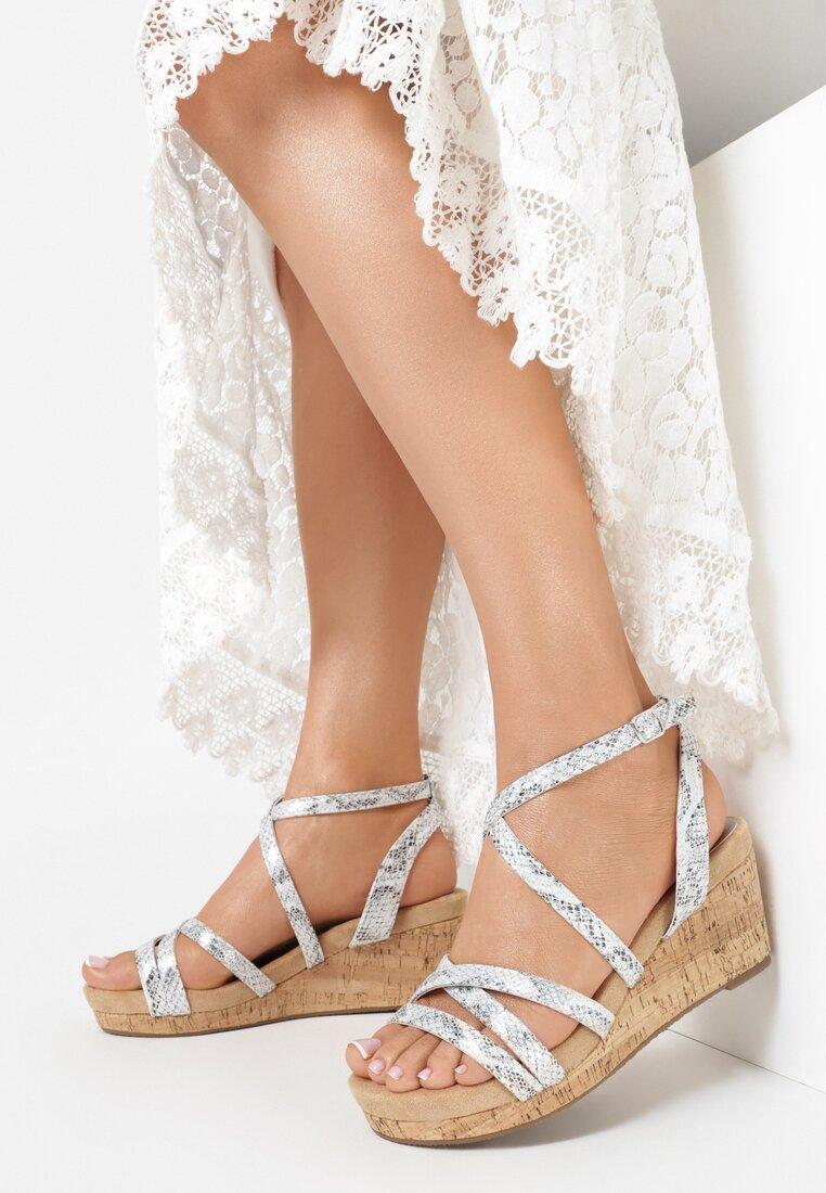 Srebrne Wężowe Sandały Asigonia