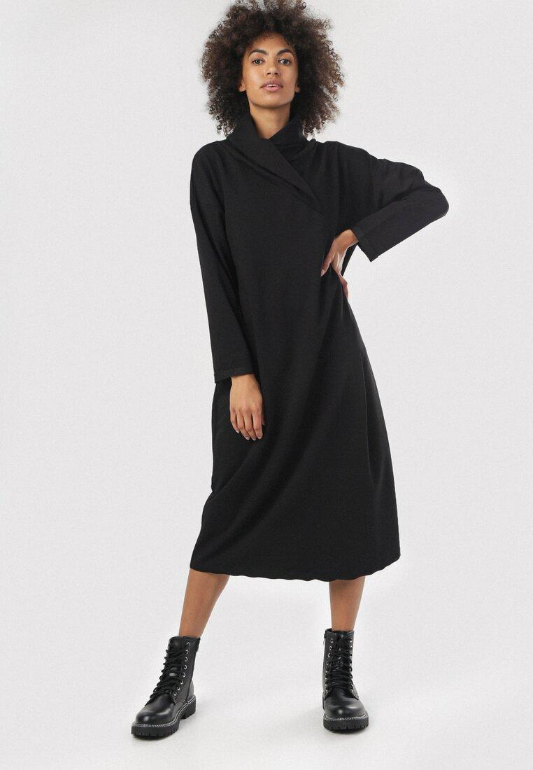 Czarna Sukienka Lorenoe