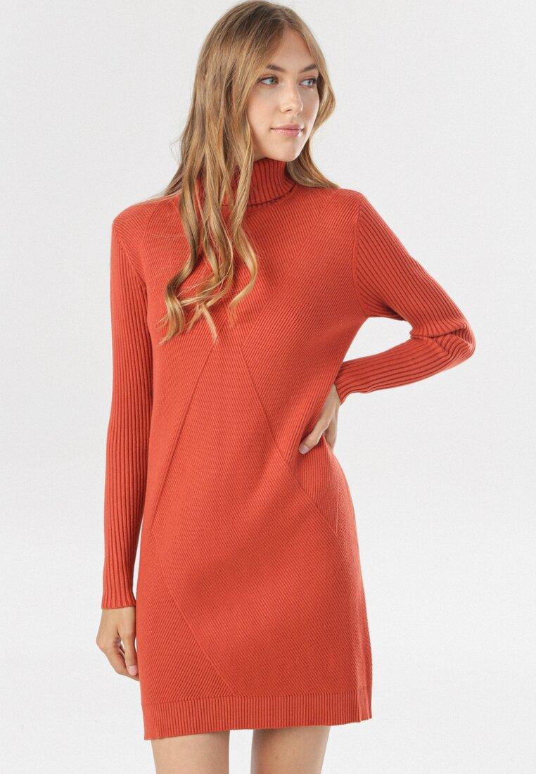 Łososiowa Sukienka Irinlien