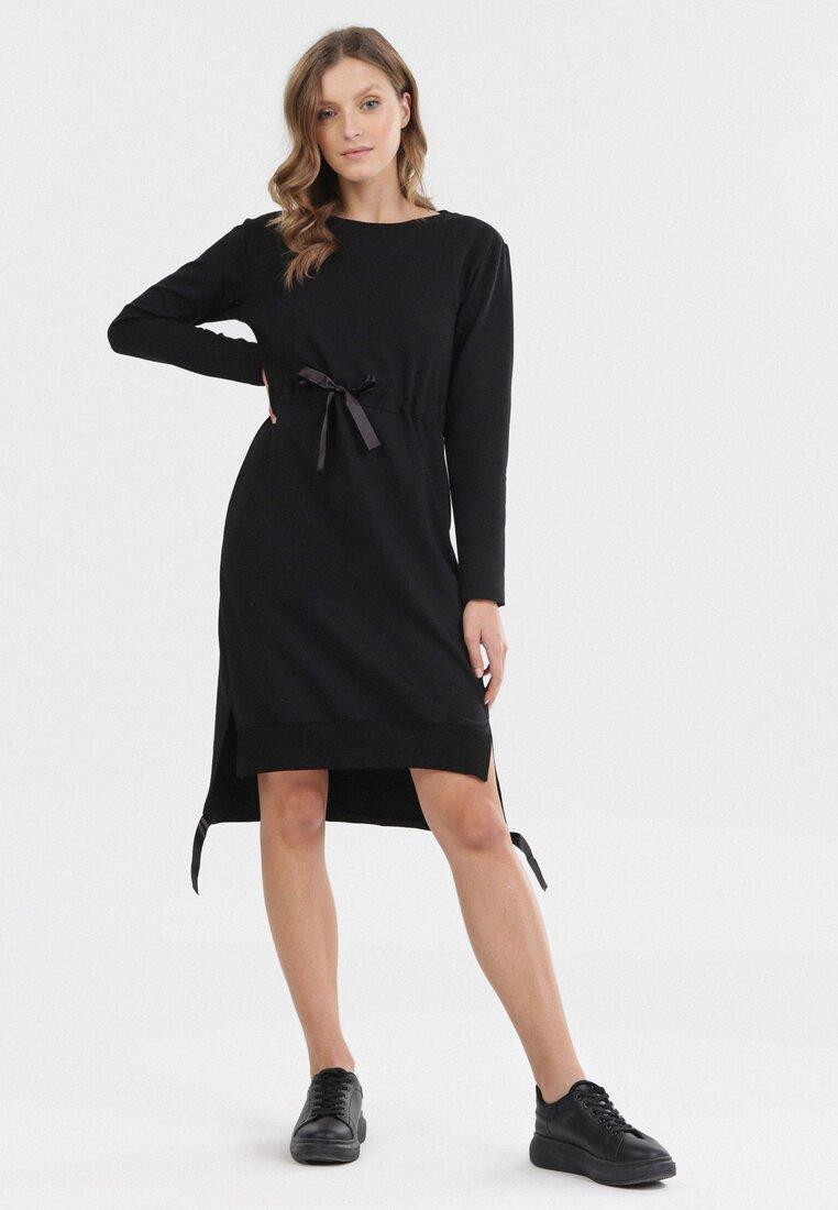 Czarna Sukienka Vheslyn