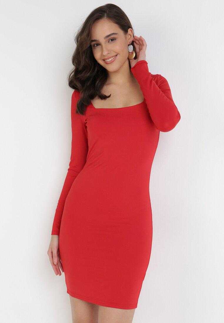 Czerwona Sukienka Ynisyra