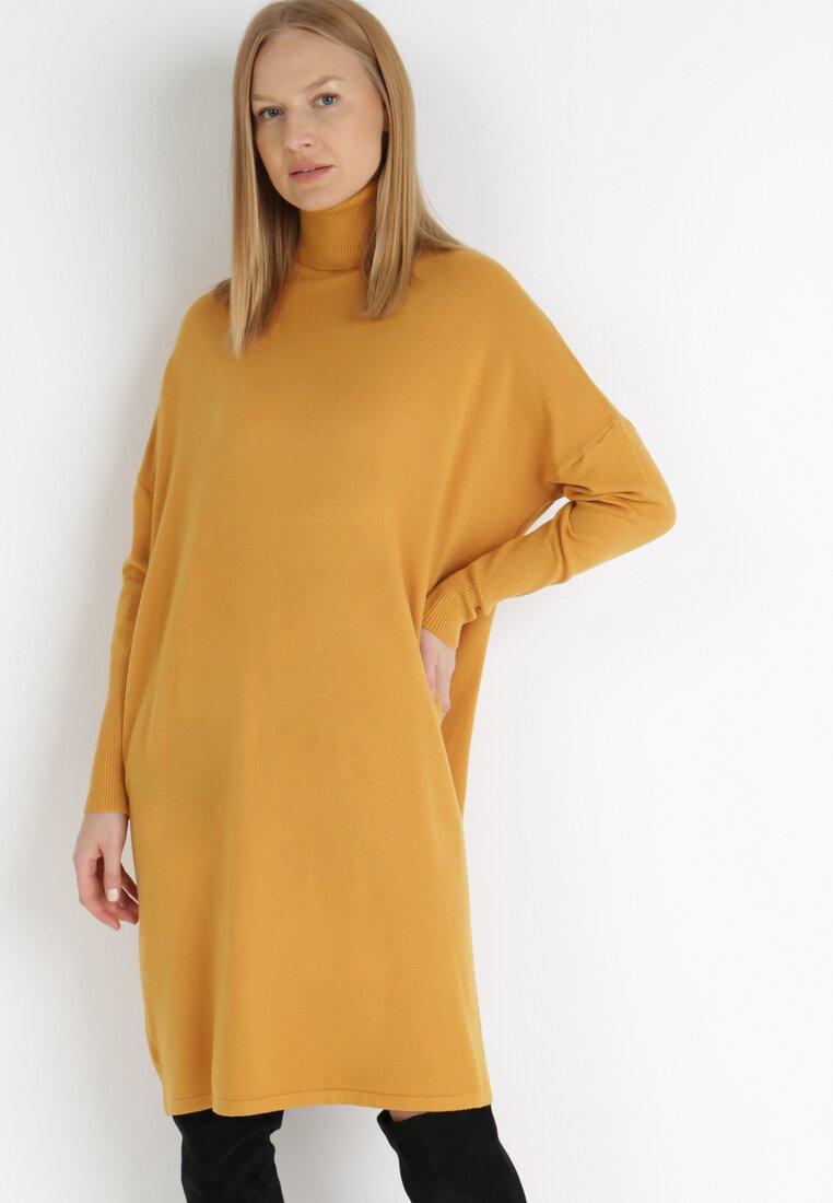 Żółta Sukienka Dzianinowa Berline
