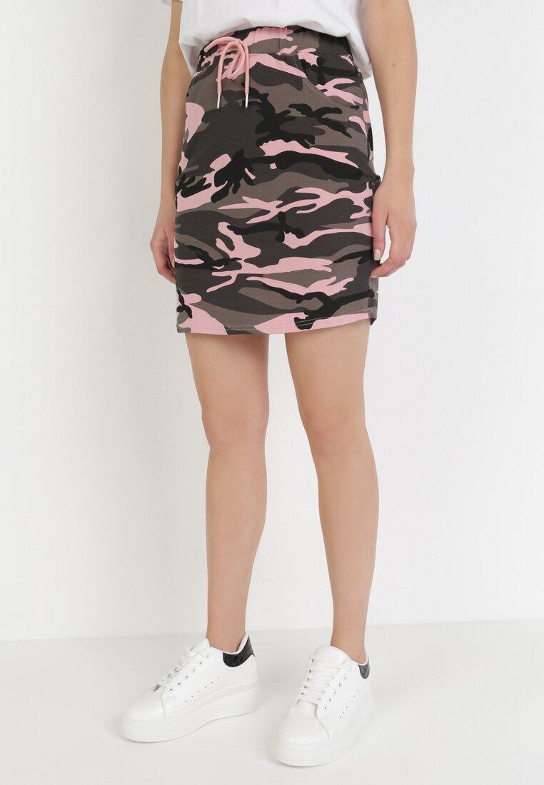 Różowa Spódnica Jaenania