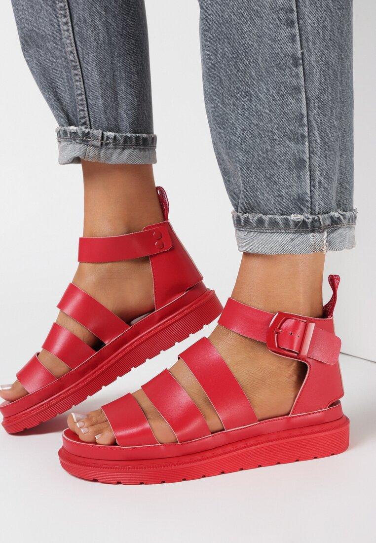 Czerwone Sandały Aethinoire