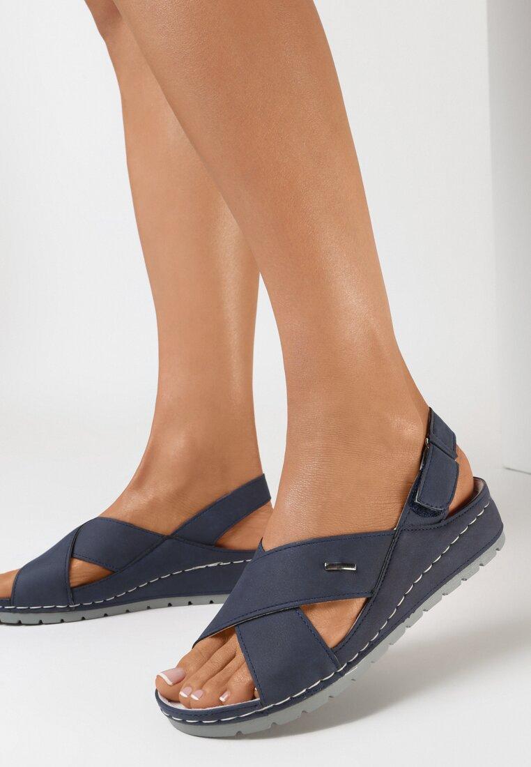 Granatowe Sandały Thosiche