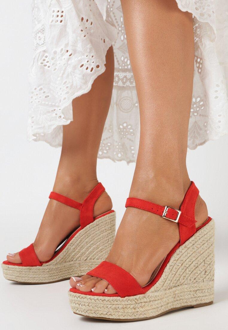 Czerwone Sandały Adrasassea