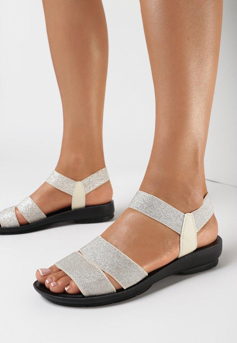 Srebrne Sandały Nahroe