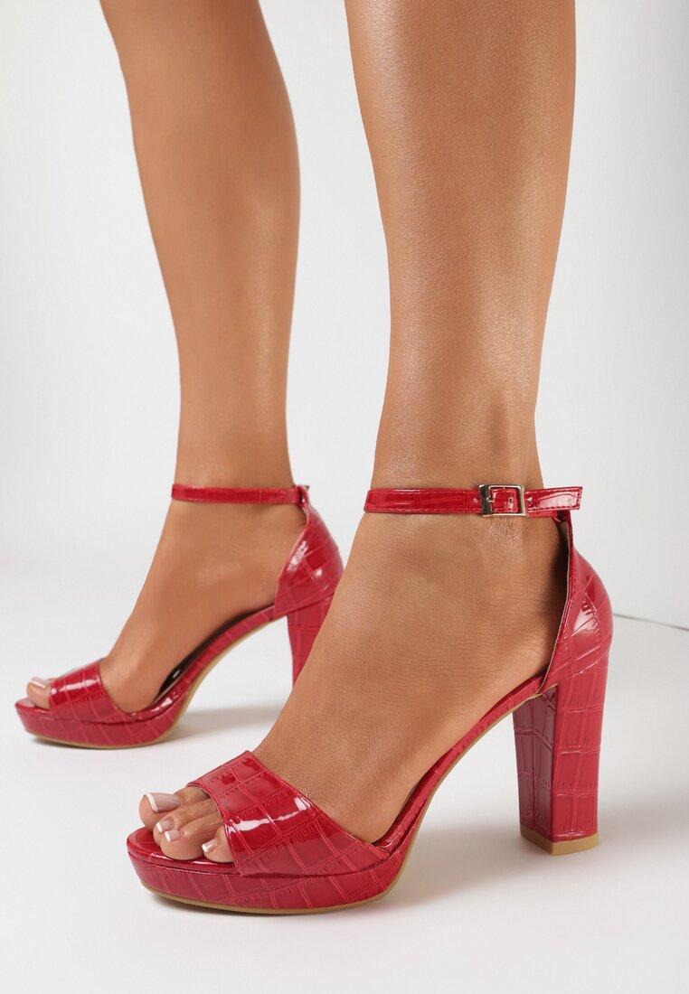 Czerwone Sandały Klephiphise
