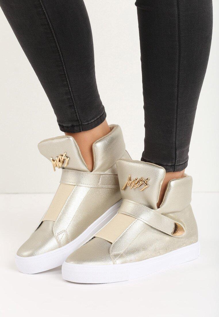 Złote Sneakersy Lapras