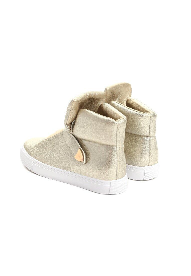 Złote Buty Sportowe Lapras