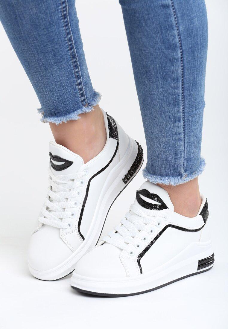 Biało-Czarne Buty Sportowe Love Me Too