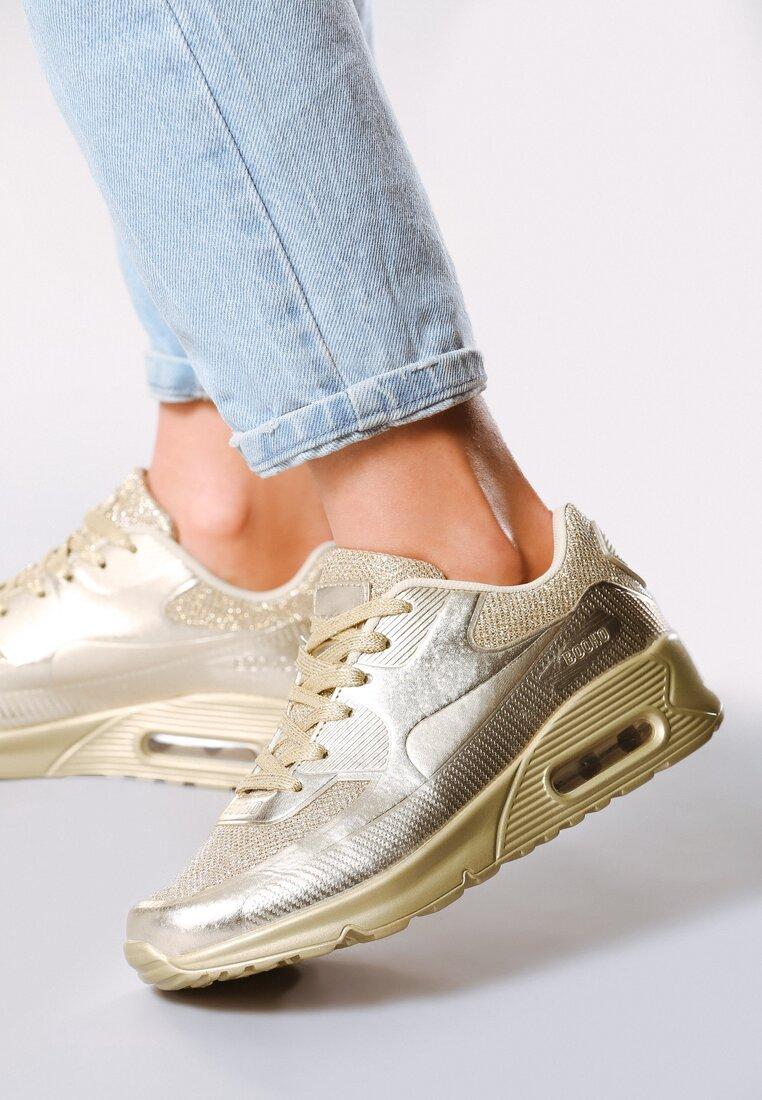Złote Buty Sportowe Alikeness