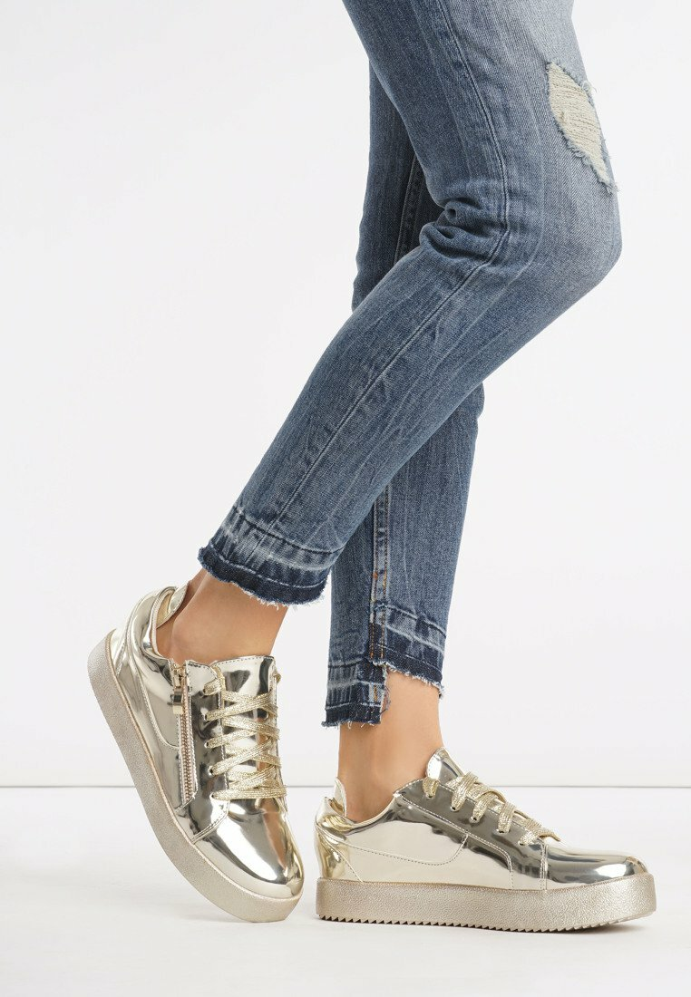 Złote Buty Sportowe Mickay
