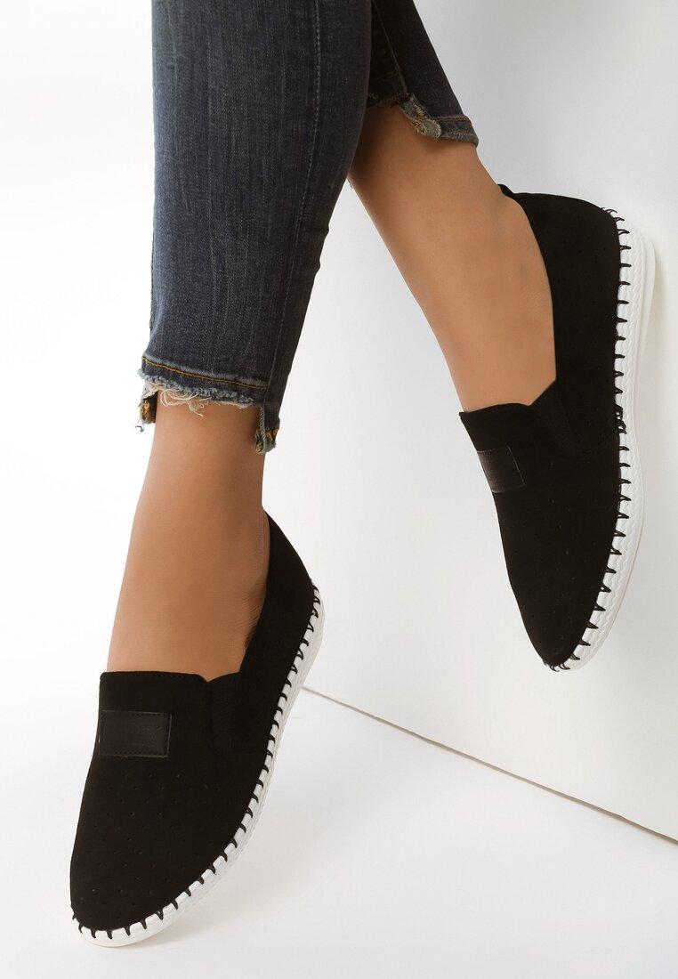 Czarne Slip On Ducca